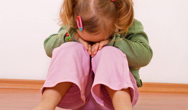 Чому дитина починає плакати, коли йде в садок - читайте далі.