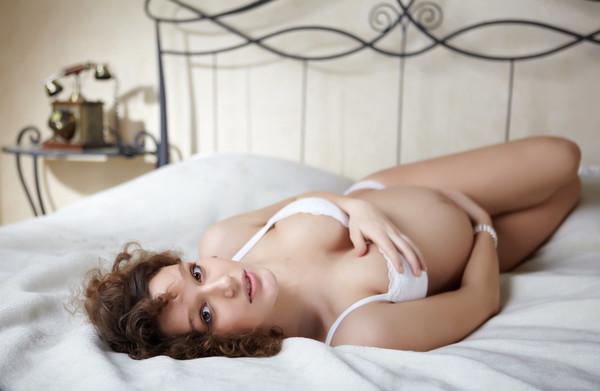 П'ять поз для сексу під час вагітності