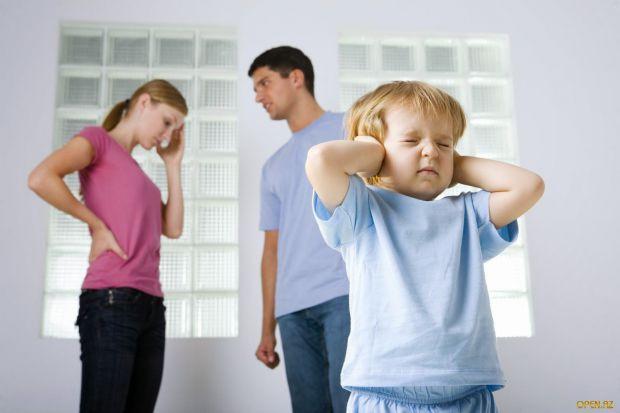На думку фахівців з університету Радбуда, пережитий у дитинстві стрес прискорює розвиток мозку.