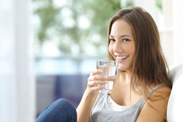 Перед сніданком корисно випити склянку води, пам'ятаєте? Так от, не вся вода корисна натщесерце.