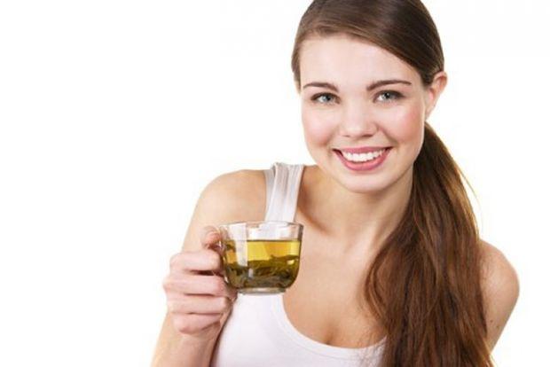 Липа містить особливі фітогормони - речовини, які дуже схожі на жіночі статеві гормони. Тому за допомогою липи можна ефективно лікувати жіночі хвороби