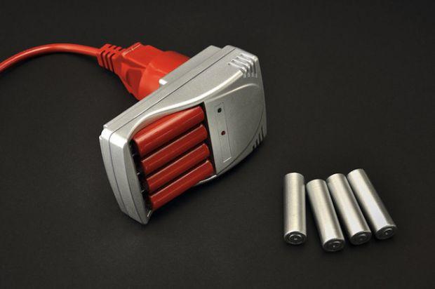 Перестаньте покупать десятки батареек – мир спасет хорошее зарядное устройство!