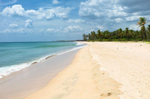Міністерство охорони здоров'я України, оприлюднило список пляжів, де заборонено і небезпечно купатися.