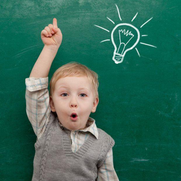 Звичайно, що діти з часом навчаться розрізняти емоції, але потрібно їх цього вчити вже з 3-х років. Наведено 4 ігри, які допоможуть розвинути дитині е