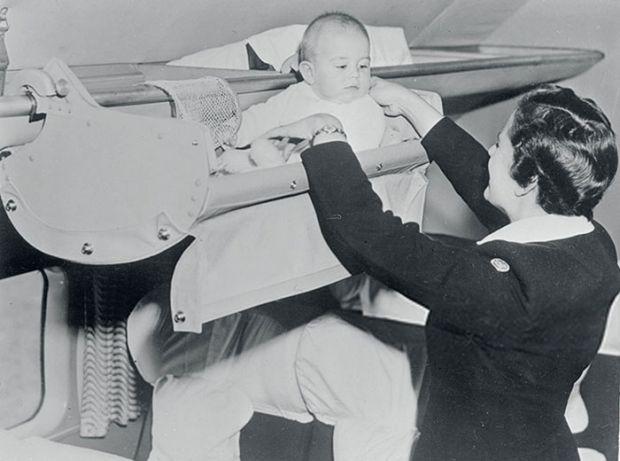 У наш час перельоти на літаках, особливо тривалі, можуть принести масу незручностей і дискомфорту навіть дорослим пасажирам, не кажучи вже про маленьк