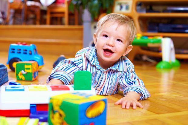 Перед вступом у дитсадок дитина повинна мати профілактичні щеплення згідно з календарем щеплень. Забороняється проведення профілактичних щеплень протя
