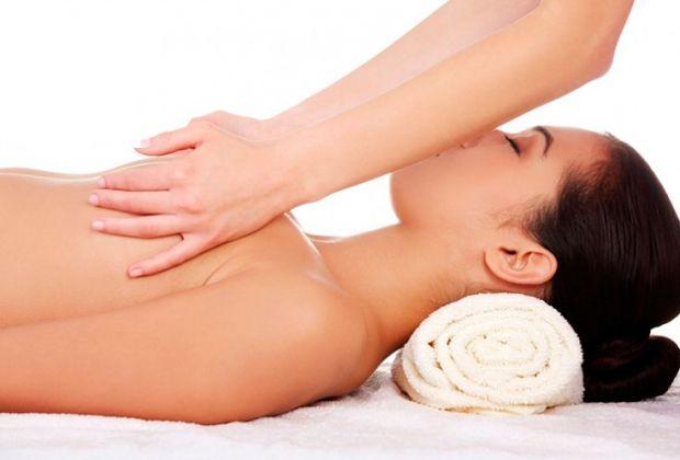 Якщо ви мрієте про пружні груди, в нагоді вам стане масаж, який займає менше 25 хв на день, але дає чудовий результат.