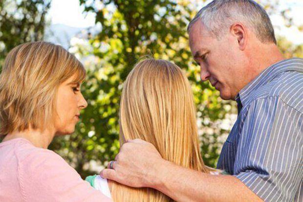 Існує зв'язок між щастям і роздільним проживанням дітей та батьків. Але коли діти виростають та живуть окремо – тоді батьки почувають себе ще щасливіш