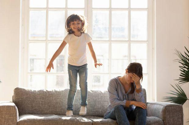 Більшість батьків спочатку з нетерпінням чекають перших слів від свого малюка, але вже через рік-два мріють побути в тиші і якось впоратися з маленьки