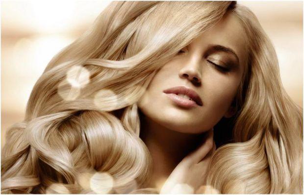 Дорогі шампуні, маски для волосся і навіть професійні косметичні процедури не допоможуть відростити розкішну шевелюру, якщо не підживлювати волосся зс