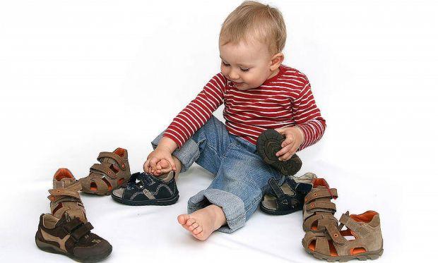 Виявляється, взуття, яке ми носимо в дитинстві, впливає на наші фізичні здатності в майбутньому. До такого висновку прийшли вчені з Йенского університ