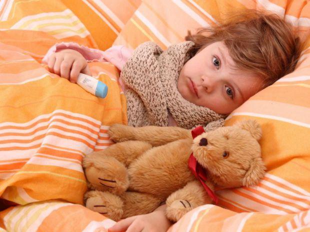 Несвоєчасно розпочате лікування ГРВІ у дитини може привести до розвитку досить серйозних ускладнень, ліквідація наслідків займає досить тривалий час і