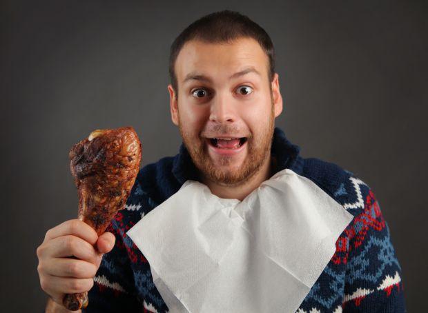 Дослідники з Гарвардського Університету і Університету Мурсія склали список найбільш небезпечних для чоловіків продуктів. Така їжа в змозі навіть позб