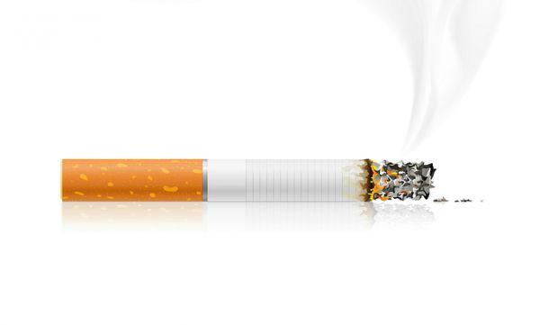 Чоловіки, які не палять тютюн, можуть похвалитися більшим статевим органом, ніж ті, хто залежить від цієї поганої звички.