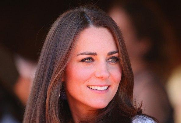 Всі чудово знають, яка струнка і витончена герцогиня Кембриджська Кейт Міддлтон, навіть під час другої вагітності Кетрін вдалося до останнього зберегт