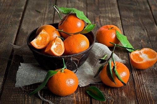 Ягоди, а не цукерки.Восени часто люди страждають від депресії. Тому медики радять більше вживати вітаміну С.