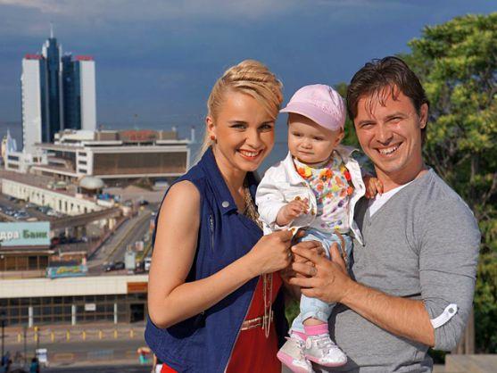 Відома українська телеведуча розповіла про своє сімейне життя. Лілія Ребрик, яка одружена з хореографом і танцюристом Андрієм Диким, поділилася секрет
