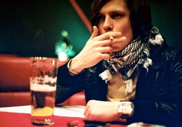 Багато людей не поспішають відмовлятися від сигарет. Вони вважають, що куріння перешкоджає набору зайвої ваги. Однак американські вчені з'ясували: кур
