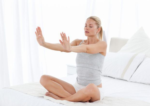 Щоб позбутися від нервування і стресу, можна робити прості дихальні вправи або ж допоможе масаж.
