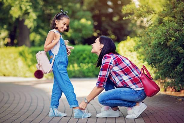 Любити свою дитину - це чудово, дбати про неї - правильно, але не доводьте ситуацію до гіперопіки і ось чому.