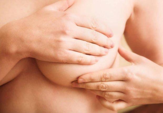 У новоспеченої мами не рідко виникають проблеми під час грудного годування: застій молока, температура, мастит... Все це дуже болюче і потребує (при н