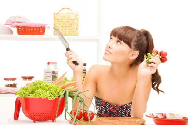 Дієтологи розповіли, чому не можна худнути і голодувати напередодні відпустки.