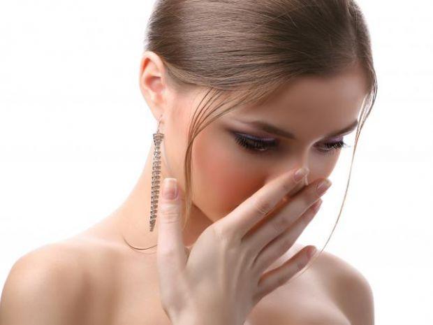 Що робити, аби позбутися неприємного запаху з рота - читайте далі.