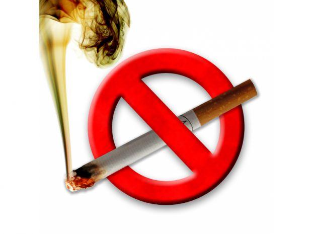 Навіть їжа може бути непоганою підмогою у відмові від сигарет. Існує ряд продуктів, що провокують бажання закурити, а також ряд продуктів, що знімають