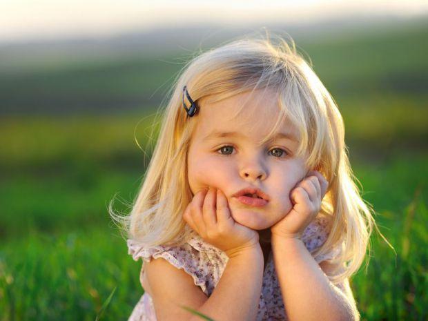 Заїкання - це складний невротичний розлад, що виникає у дітей внаслідок стресовій ситуації або нервово перенапруження, рідше через спадковість.