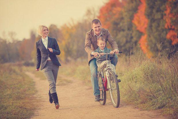 Як потрібно любити дитину?Дитячі психологи переконані, що дітям потрібна любов мами і тата так само, як їсти і дихати. При нестачі любові у дитини поч