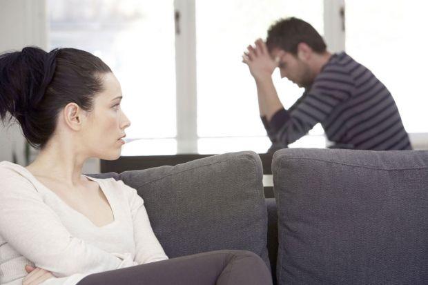 Чому нещасливий шлюб пар часом міцніший, ніж у людей, які щиро люблять один одного вже багато років, і живуть в мирі та злагоді?