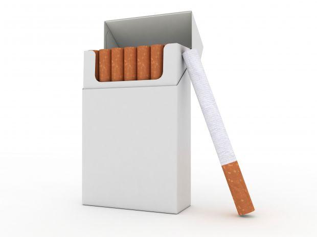Науковці вивчали поведінку людей, які систематично викурювали не менше 10 сигарет на день.Добровольців попросили не палити протягом 12 годин і не вжив