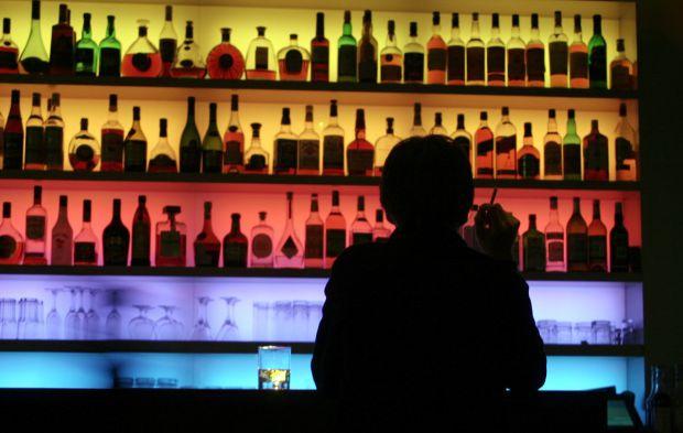 Австралійські вчені з Університету Нового Південного Уельсу з'ясували, чому великі дози алкоголю викликають агресію.