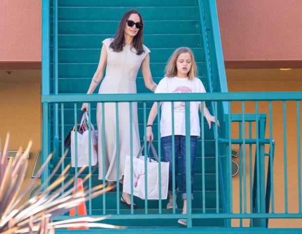 Анджеліна Джолі провела вікенд з донькою Вів'єн (ФОТО)