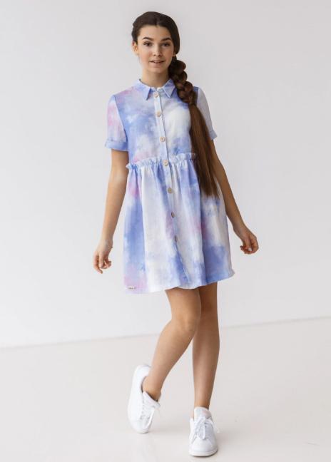 Взрослея, девочки начинают уделять больше внимания гардеробу. Они склонны к экспериментам: таким образом ищут свой стиль и формируют вкусы. Не стоит э
