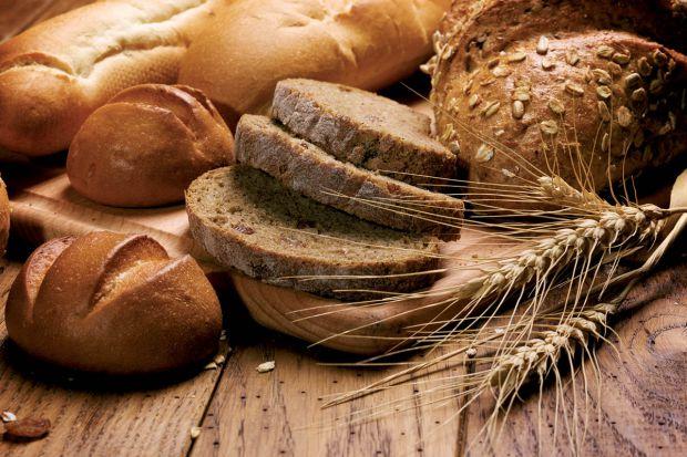 Основною складовою білого хліба є не просто пшеничне борошно, а борошно вищого ґатунку. На жаль, це не робить його кориснішим. Більшість виробників зр