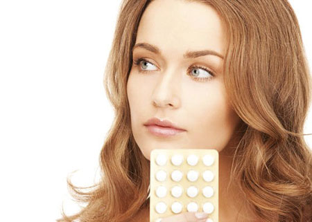 Молоді жінки часто змінюють колір волосся, чим безповоротно псують його структуру, однак, науковці знайшли цьому вихід - вони створили таблетку, яка д