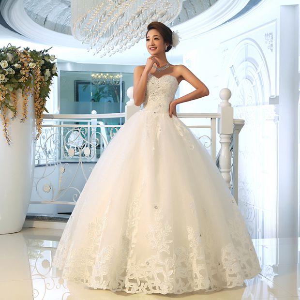 У моді знову пишні весільні сукні (Фото)  fa2f09bea40bd
