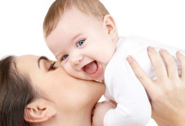 Існують такі хвороби, які дитина дуже важко переносить і вони є для неї дуже небезпечними, тому батькам потрібно вчасно помітити ознаки хвороби у дити