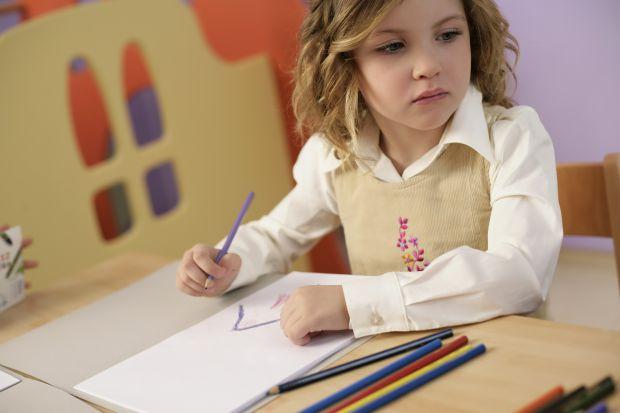 Головне - усвідомити, в якому віці можна починати вчити ВАШУ дитину читати. Адже всі діти - різні і немає для всіх одного стандарту, кожна дитина по-р