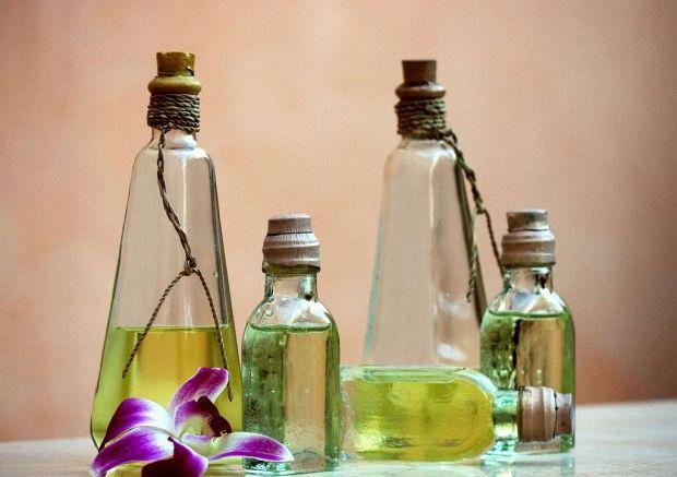 Дешеві лікувальні засоби, які нададуть краси і здоров'я вашій шкірі.