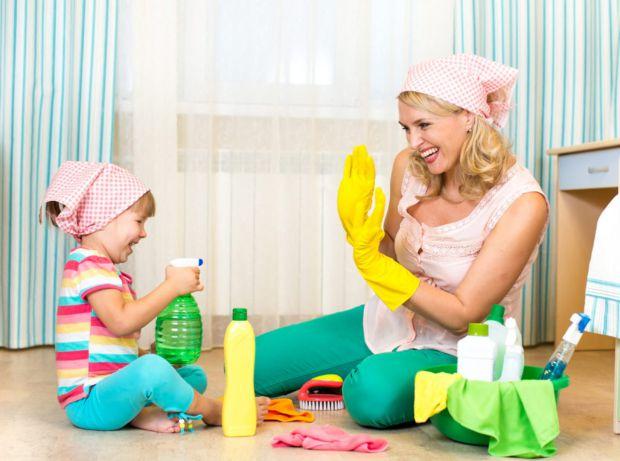 Щасливі діти виконують свою частину роботи по дому із задоволенням. Про це розповіла блогер, автор книги