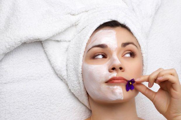 Як правильно наносити та змивати маску для тіла - читайте далі.