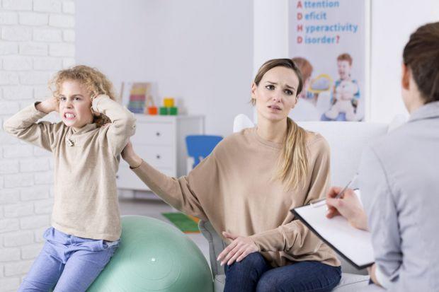 Поради батькам про те, як знайти спільну мову з дитиною, яка не підпорядковується правилам.