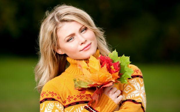 Догляд за обличчям восени.Восени багато жінок страждають від посиленої пігментації, скаржаться на сухість та лущення шкіри. Тому вибір кремів і масок