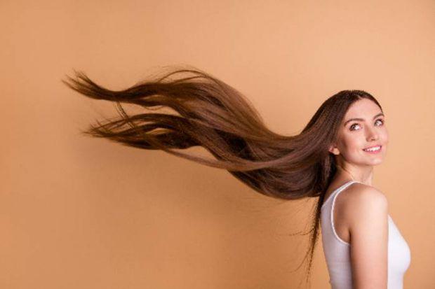 Волосся може випадати з різних причин. І далеко не завжди вони пов'язані зі слабким здоров'ям. Як же повернути своїм локонам привабливий вигляд? Звича