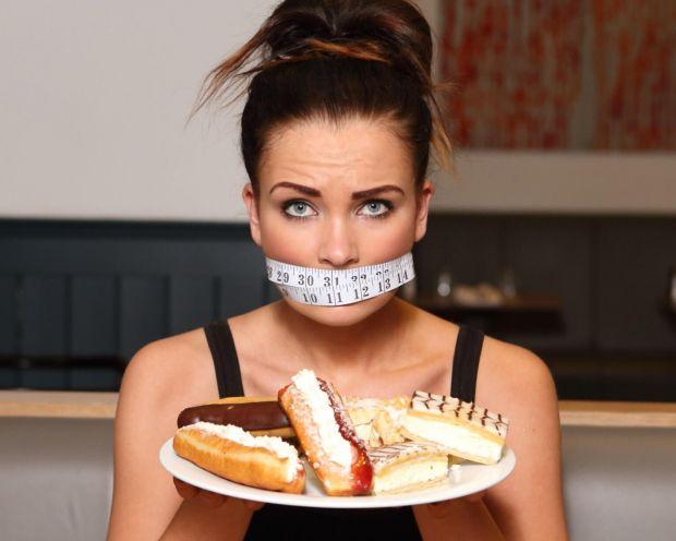 Щоб схуднути, потрібно принаймні зменшити кількість вживання цукру.