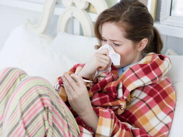 Дуже часто грип плутають з простою застудою. Чим вони відрізняються, читайте далі.