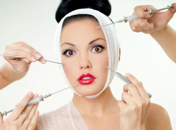 Для того, щоб зберегти шкіру красивою та молодою, слід в першу чергу відмовитись від куріння. Спеціалісти у результаті досліджень виявили, що регулярн