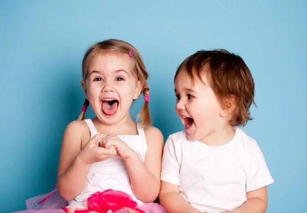 Вчені описали, як лікували дитину, яка проковтнула магнітні кульки. Така ситуація може бути небезпечною для здоров'я та життя малечі.